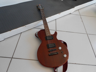 Guitarra Eléctrica Dean Marckley