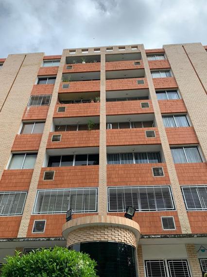 Apartamento Tipo Estudio En La Av. Bolívar Norte. Foa-1039