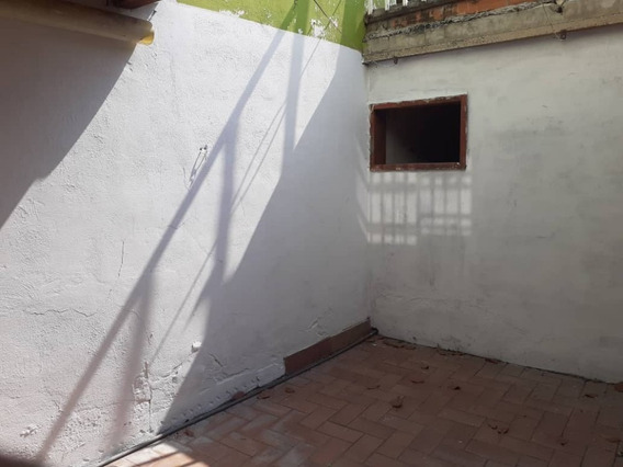 Alquiler En La Coromoto 04265330810