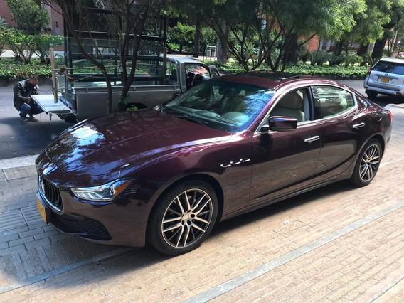 Maserati Ghibli, Rojo Uva, 350cv, 0-100km/h: 5,5