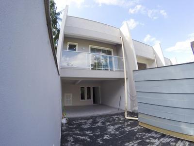 Sobrado Pronto Para Morar No Bairro Fortaleza, Com 03 Dormitórios (01 Suíte), 02 Vagas E Demais Dependências. - 3573890
