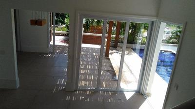 Casa De Luxo Com 05 Quartos Em Condomínio Golden Sun - Imboassica - Codigo: Ca0261 - Ca0261