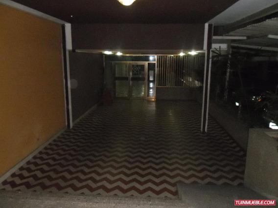 Apartamentos En Venta La Floresta 04162378498