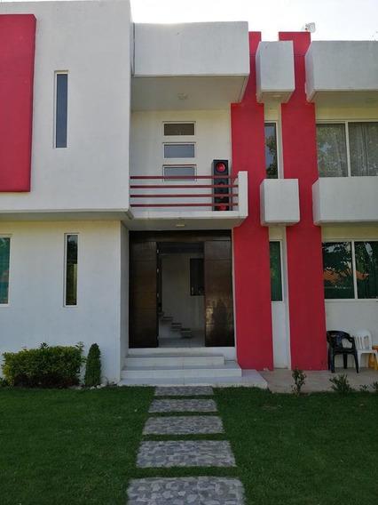 Casa Nueva. Exelente