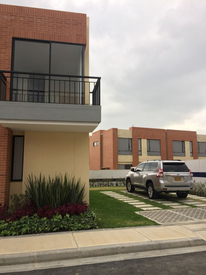 Casas En Arriendo Cajica 642-4279
