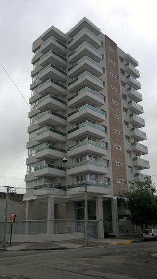 Monoambiente En Edificio Alerces Iv