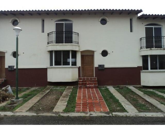 Casas En Venta En Agua Vida Barquisemeto,lara Rohco:19-8219