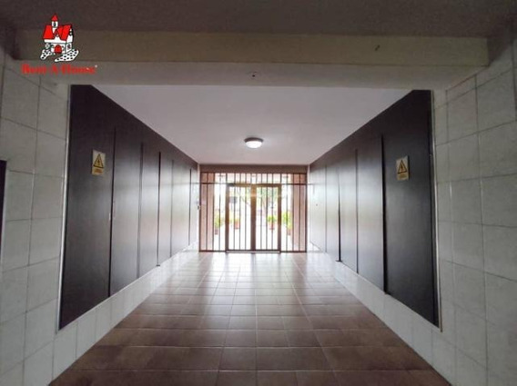 Bello Apartamento En Maracay Mm 20-18430