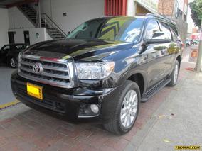 Toyota Sequoia Platinum At 5700cc 4x4