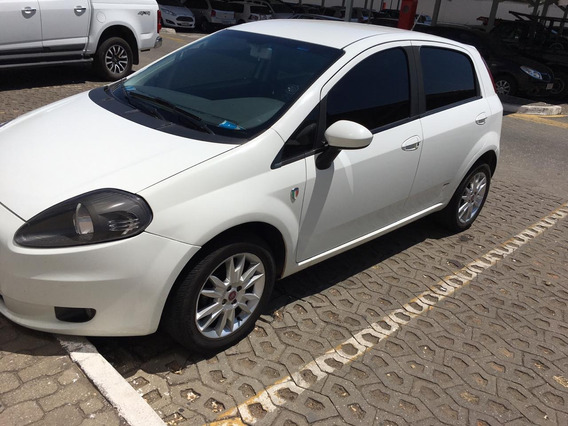 Fiat Punto 2012, Todo Original. Pneus Zeros