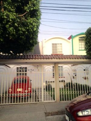 Excelente Casa Sobre Av.comercial
