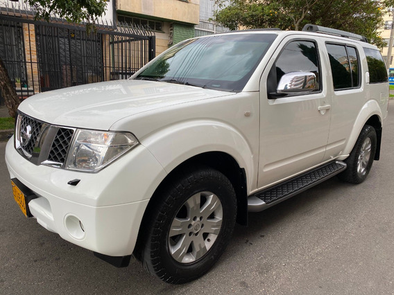 Nissan Pathfinder Le Diesel 4x4 Full Equipo