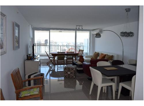 Apartamento En Venta 3 Dormitorios * Edificio De Categoría- Ref: 2619