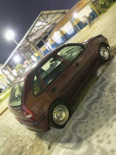 Volkswagen Gol 2000 1.6 3p Álcool