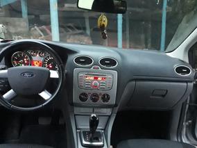 Ford Focus Sedan 2.0 Ghia Flex Aut. 4p 2011