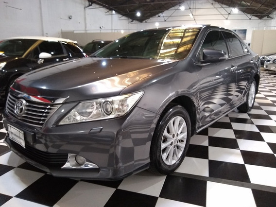Toyota Camry 2.5 At 2013 Gris Lm