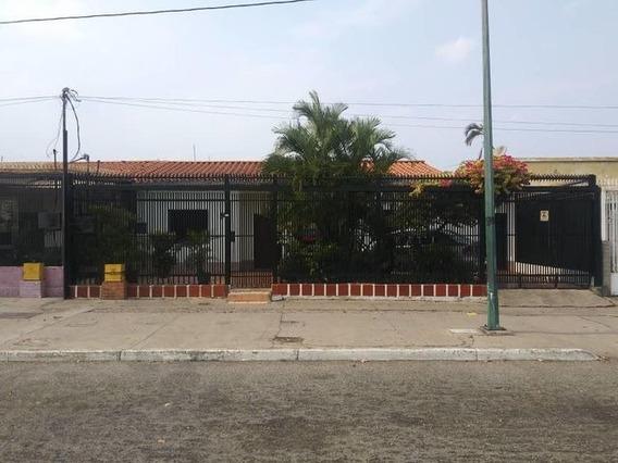 Casa En Venta La Concordia 20-18543 Jm 04145717884