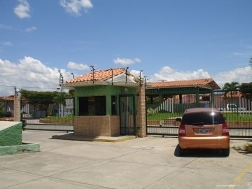 Casa En Venta En Aguasal Ciudad Alianza, 19-60021 Mr