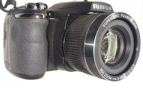 Câmera Semi Proficional Fujifilm Finepix S4000