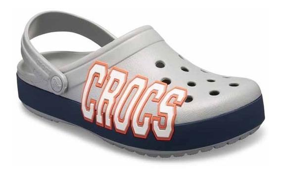 Sandalia Crocs Unisex Crocband Logo Gris/marino