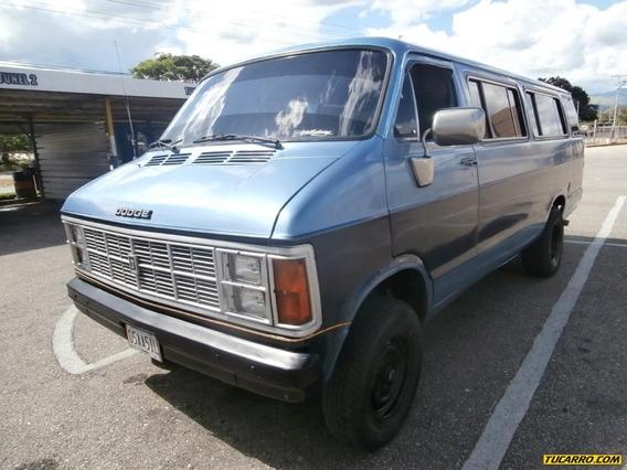Dodge Ram Van B-300