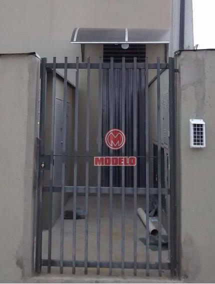Kitnet Com 1 Dormitório Para Alugar, 13 M² Por R$ 550,00/mês - Centro - Piracicaba/sp - Kn0181