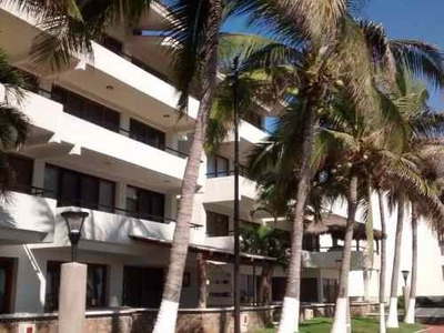 Departamento A Pie De Playa En Zona Hotelera, Muy Buena Ubicacion. / Condo At The Beach In Manzanill