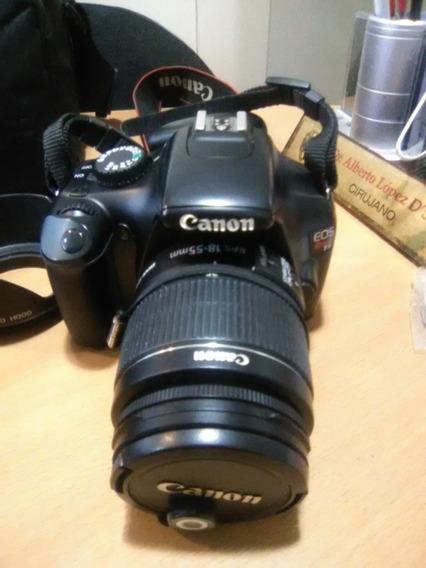Vendo Camara Canon T3 Con Accesorios