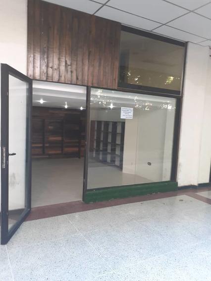 Local En Alquiler Cc Paseo Las Delicias/ Lisdany 04243799053