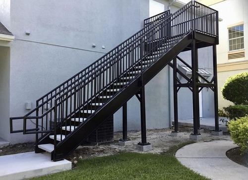 Escaleras Para Hogares, Residencias Y Empresas