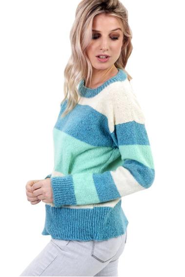 Sweater De Mohair Con Franjas Mia Loreto Modelo Fiorentino
