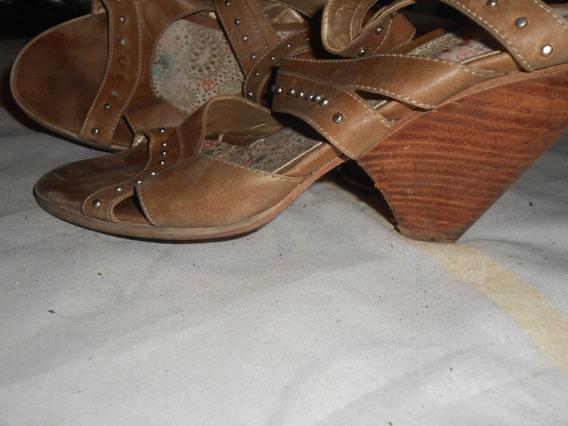 Zapatos Taco Viamo Cuero Y Tachas Divinos !!