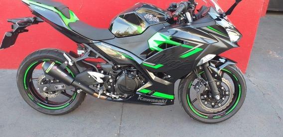 Escape Toro T-1 Ninja 300 Black\verde Kawasaki