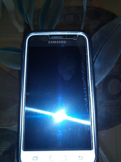 Telefono Sansumg Galaxy J1