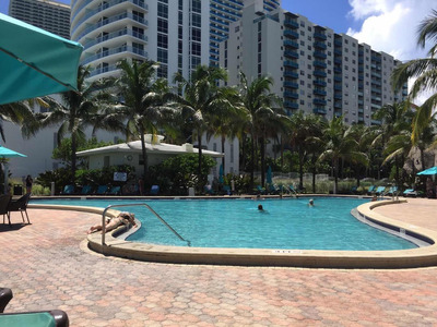 Apartamento Miami Hollywood Tides