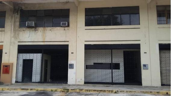 Local Comercial En Av. Michelena Alymar Perez 04144258867