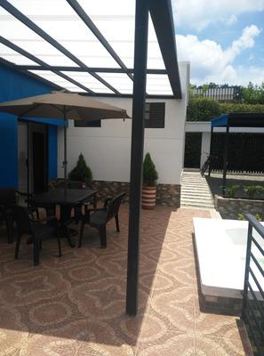 Casa Campestre Para Estrenar. 4 Alcobas, 3 Baños Y Jacuzzi.