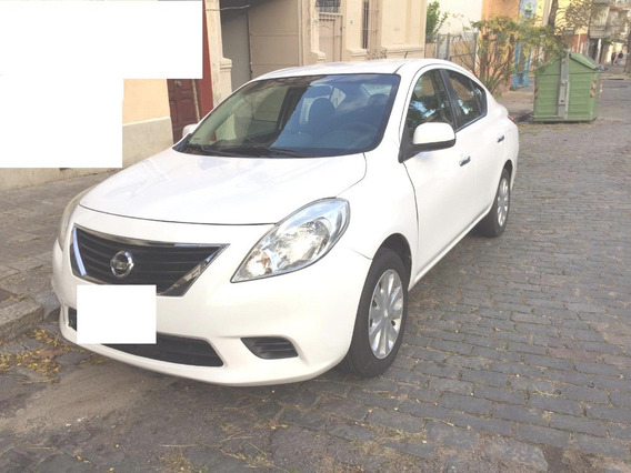 Nissan Versa 1.6 Full