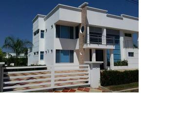 Linda Casa 4 Habitaciones 6 Baños Bbq Piscina Jacuzzi