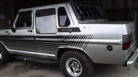 Ford F1000 Gabinada