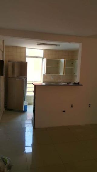 Apartamento De 2 Dormitórios Para Alugar No Jardim America - Ap2-1563