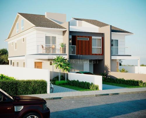 Casa Com 3 Dormitórios À Venda Por R$ 820.000,00 No Bairro Campeche - Florianopolis / Sc - Ca00161