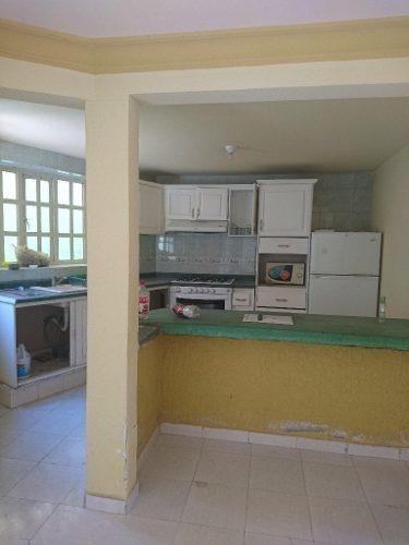 Casa En 2 Niveles Ubicada En El Fraccionamiento privada Residencial Fuentes Del Valle