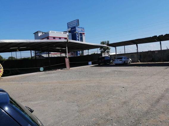 Aquilo Local Comercial Con Nave Industrial De 3,000 Mt2 Sdo