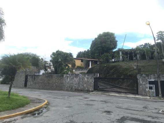 Casa En Venta La Lagunita Country Club Mls #20-22342