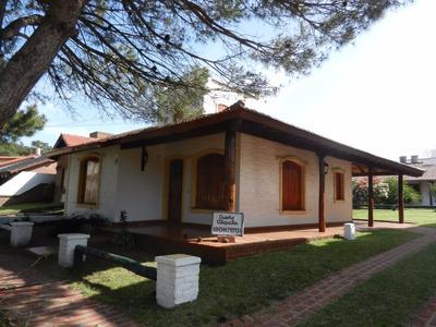 Casa / Chalet Para 8 Personas En La Lucila Del Mar