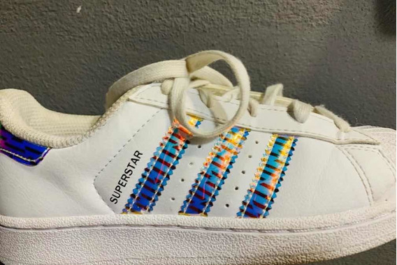 Zapatillas adidas Superstar Plateada Talle 32