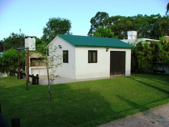 Lote Con Dos Casas En El Balneario La Esmeralda - Uruguay