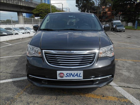 Chrysler Town & Country 3.6 Touring V6 24v