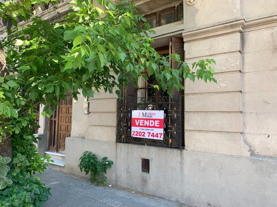 Casa Proxima A Domingo Aramburu Y Gral Flores , 3 Dorm.
